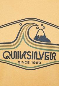 Quiksilver - HIGHWAY VAGABOND  - Hoodie - rattan - 2