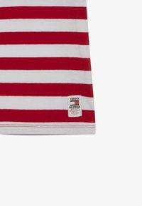 Tommy Hilfiger - CUT SEW STRIPE TEE - Print T-shirt - red - 3