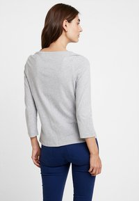Tommy Hilfiger - NEW TILLY BOAT TEE - Long sleeved top - grey - 2