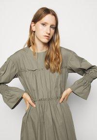 Mykke Hofmann - Day dress - dust green - 3