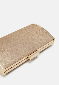 Forever New - SOPHIA FRAMED HARDCASE - Clutch - gold - 4