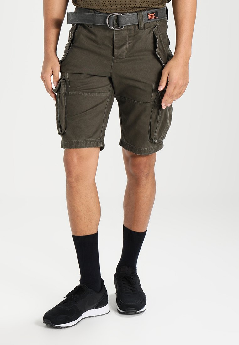Superdry - CORE CARGO HEAVY - Szorty - beret green