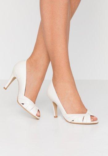 ACIDE - Peeptoe heels - ecru