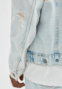 PULL&BEAR - Džínová bunda - light blue - 3