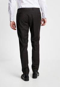 Bugatti - SUIT REGULAR FIT - Suit - dark brown - 5
