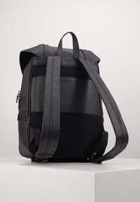 Guess - KING FLAP BACKPACK - Rucksack - black - 1
