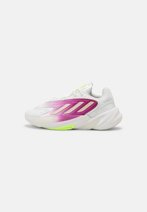 OZELIA  - Sneakers - white/signal green
