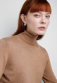 SNÖ of Sweden - DUO PENDANT EAR - Náušnice - silver-coloured/clear - 1