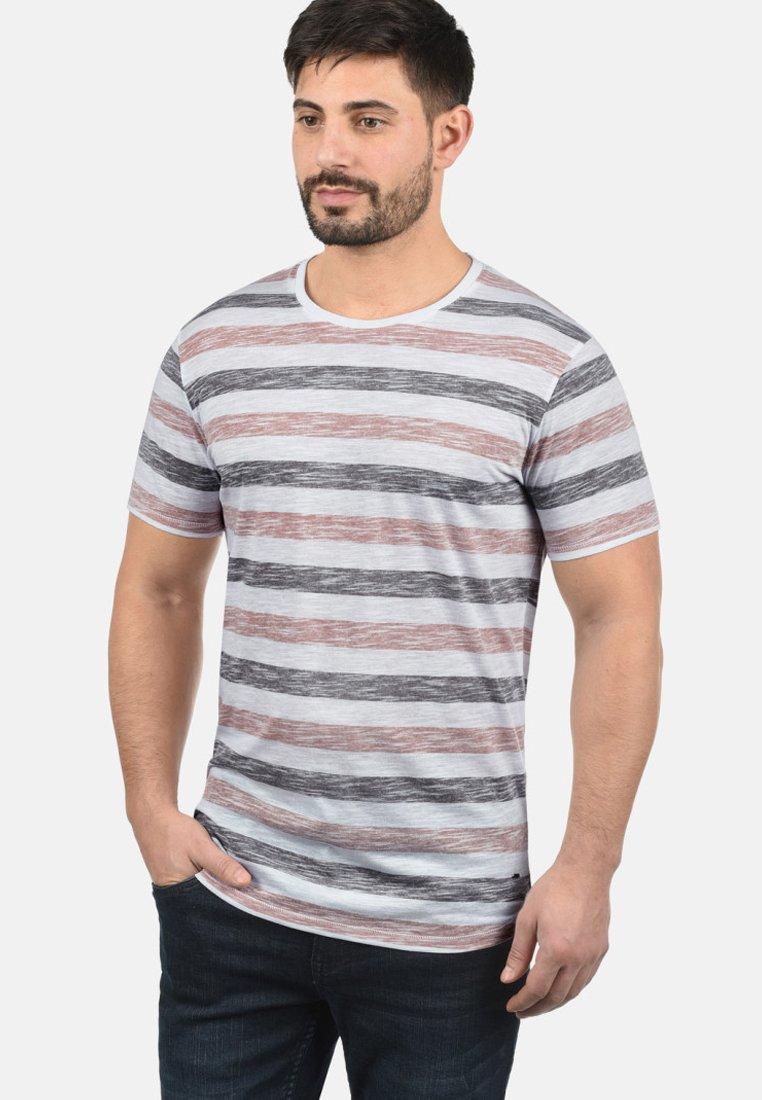 Solid - RUNDHALSSHIRT TET - Print T-shirt - orange
