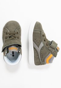 Diadora - GAME S HIGH - Sports shoes - burnt olive green - 0