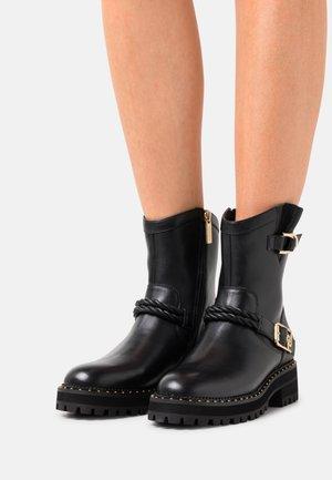 LUNA  - Kovbojské/motorkářské boty - black