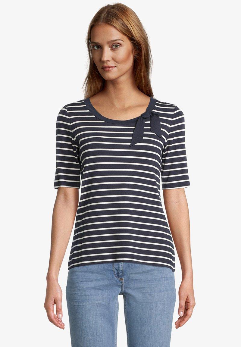 Betty Barclay - Print T-shirt - dunkelblau weiß