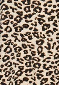 Live Unlimited London - ANIMAL - Print T-shirt - beige, black - 2