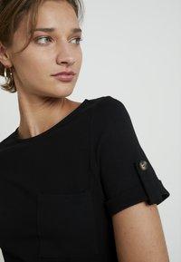 Dorothy Perkins - PLAIN TIE DRESS - Jersey dress - black - 4