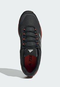 adidas Performance - TERREX EASTRAIL WANDERSCHUH - Outdoorschoenen - grey - 3