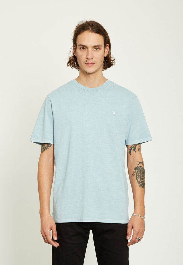 SOLID STONE EMB  - Basic T-shirt - blue