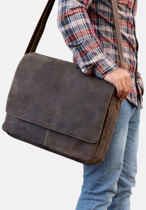 MESSENGER BAG - SPENCER - Laptop bag - dunkelbraun