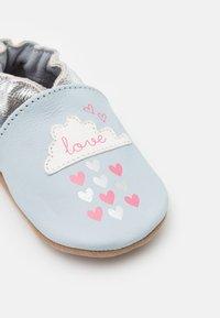 Robeez - HEARTS RAIN - First shoes - bleu clair - 5