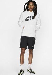 Nike Sportswear - CLUB HOODIE - Luvtröja - white - 1