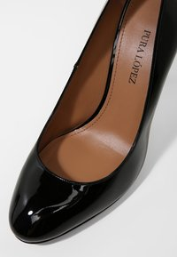 Pura Lopez - High heels - vernice black - 2