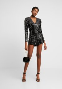 Miss Selfridge - SQUARE SEQUIN PLAYSUIT - Overal - black - 1