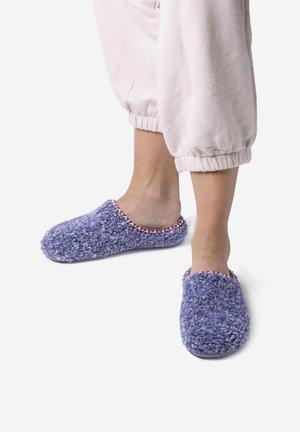 Slippers - blau