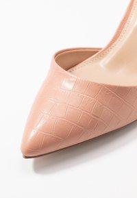 Dorothy Perkins - ELSA PART BLOCK HEEL - Classic heels - pink - 2