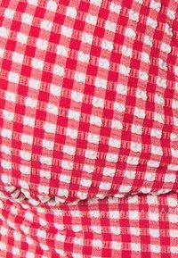 aerie - LONGLINE RUFFLE - Bikiniöverdel - mascot red - 2