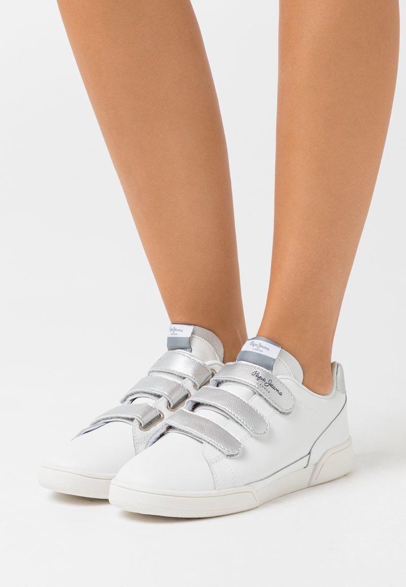 Pepe Jeans - LAMBERT - Trainers - white