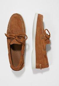 Sebago - DOCKSIDES PORTLAND - Boat shoes - brown cognac - 1