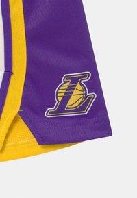 Nike Performance - NBA LA LAKERS BOYS ICON SWINGMAN - Club wear - amarillo - 3