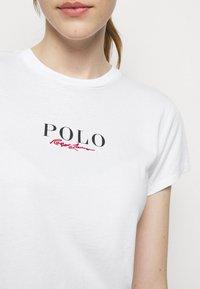 Polo Ralph Lauren - T-shirt con stampa - white - 4