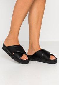 Monki - BELLA  - Sandaler - black - 0