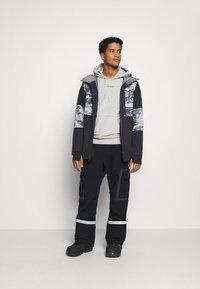 Quiksilver - TAMARACK - Snowboard jacket - true black - 1