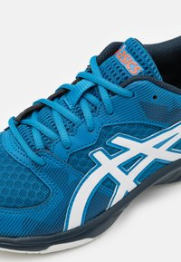 ASICS - GEL-TACTIC 2 - Volleyball shoes - reborn blue/white - 5