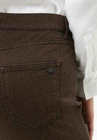 BRAX - STYLE MARY - Trousers - dark chocolate - 4