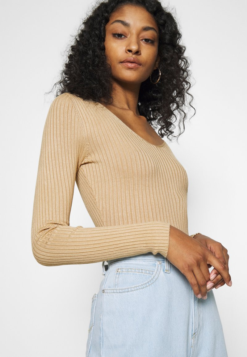 Even&Odd - BASIC- V-neck jumper - Svetr - sand