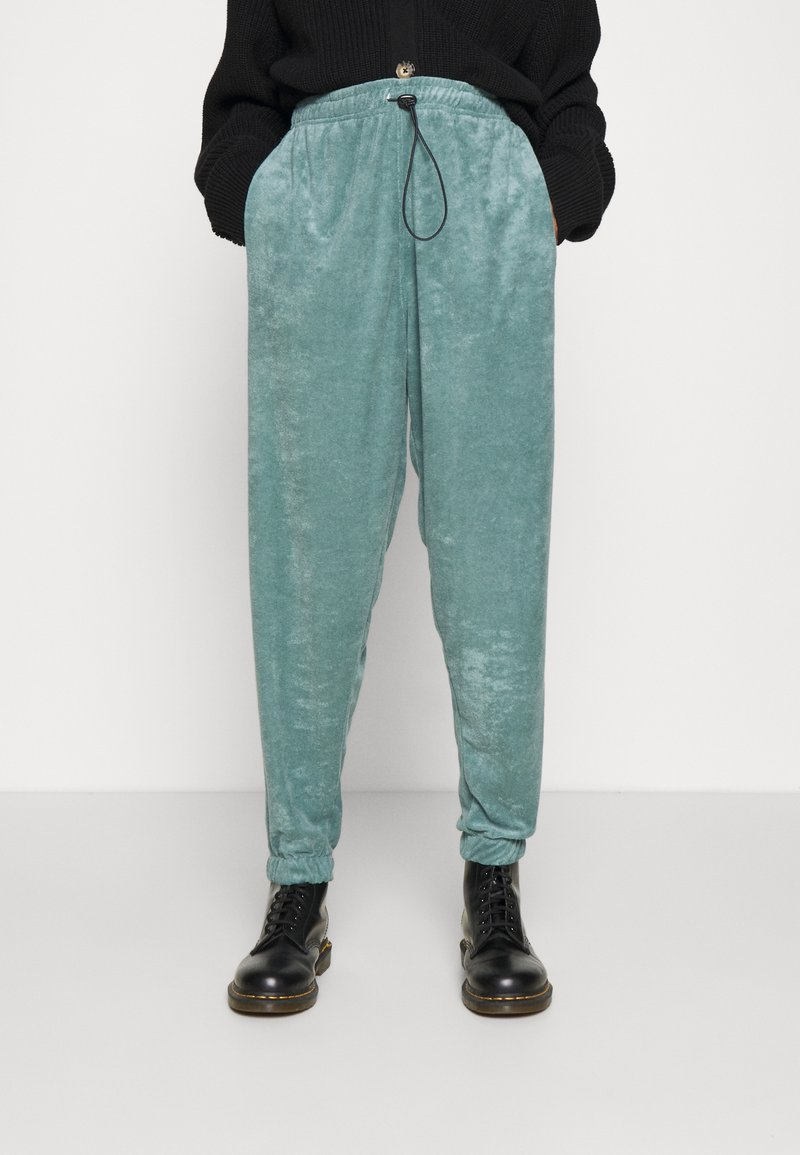Topshop - TOWLLING JOGGER - Tracksuit bottoms - ice blue