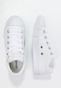 Converse - CHUCK TAYLOR ALL STAR STREET  - Tenisky - white - 1