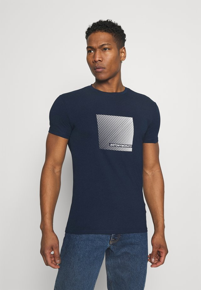 SUPER SLIM FIT  - T-shirts print - avio blue