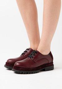 lilimill - Šněrovací boty - prince magenta - 0