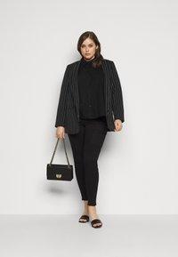 Pieces Curve - PCREMEY  - Button-down blouse - black - 1