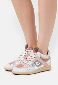Coach - CITYSOLE METALLIC MID TOP - High-top trainers - silver/pale blush - 0