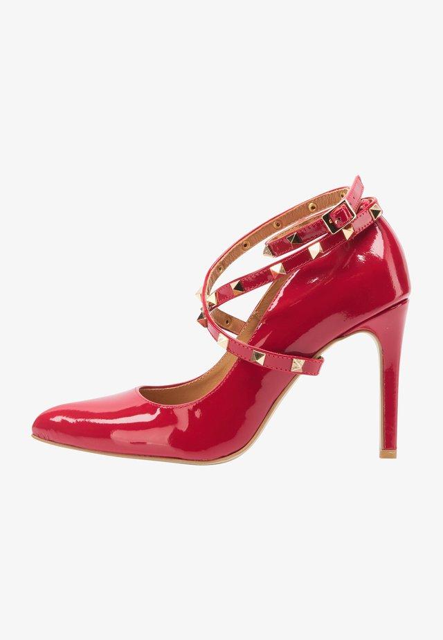 Sandali con tacco - red