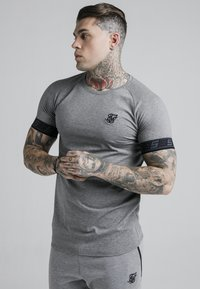 SIKSILK - EXHIBIT TECH TEE - Print T-shirt - grey marl - 0