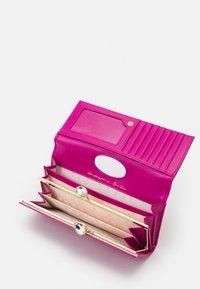 Ted Baker - INNDIGO - Wallet - pink - 2