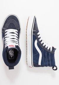 Vans - SK8 MTE - Höga sneakers - navy/true white - 1