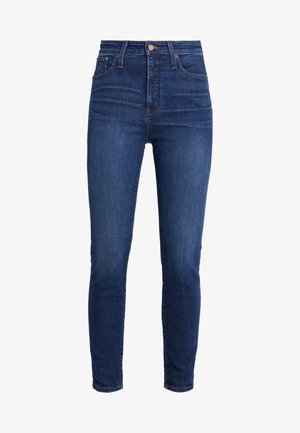CURVY - Slim fit jeans - dryden wash