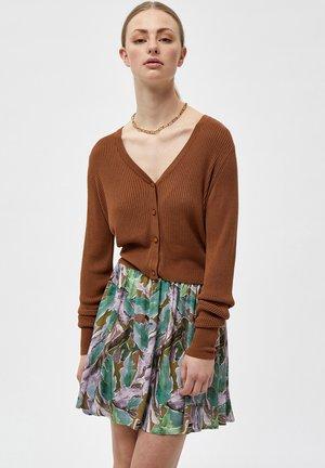 GEISHA - Neuletakki - rubber brown