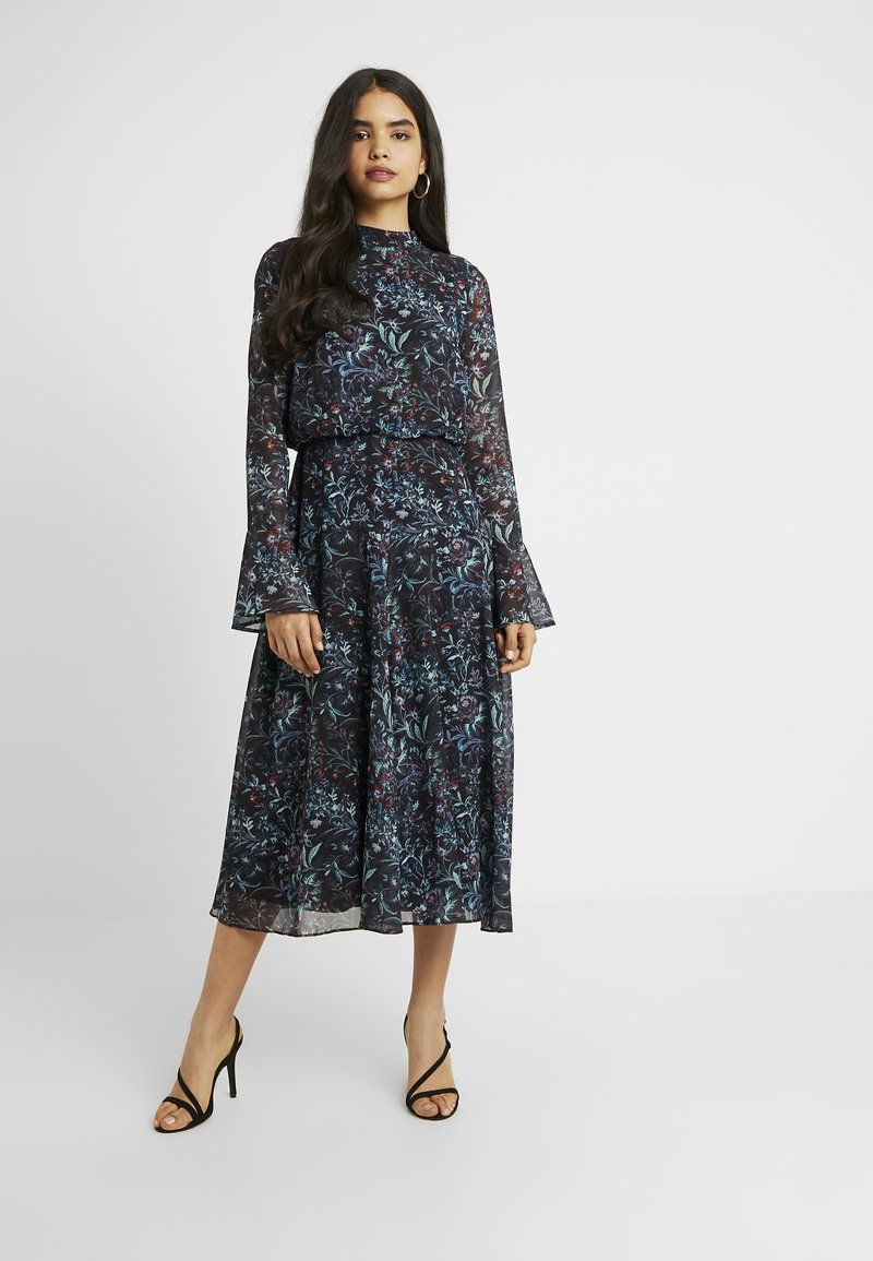Hope & Ivy Tall - HANKEY HEM DRESS WITH FLUTED SLEEVE - Juhlamekko - blue